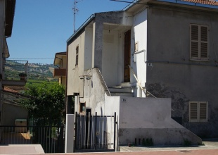 Haus zum Renovieren in Borgo Santa Maria Pineto kaufen