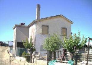 Landhaus mit Olivenhain und Meerblick in Roseto degli Abruzzi kaufen
